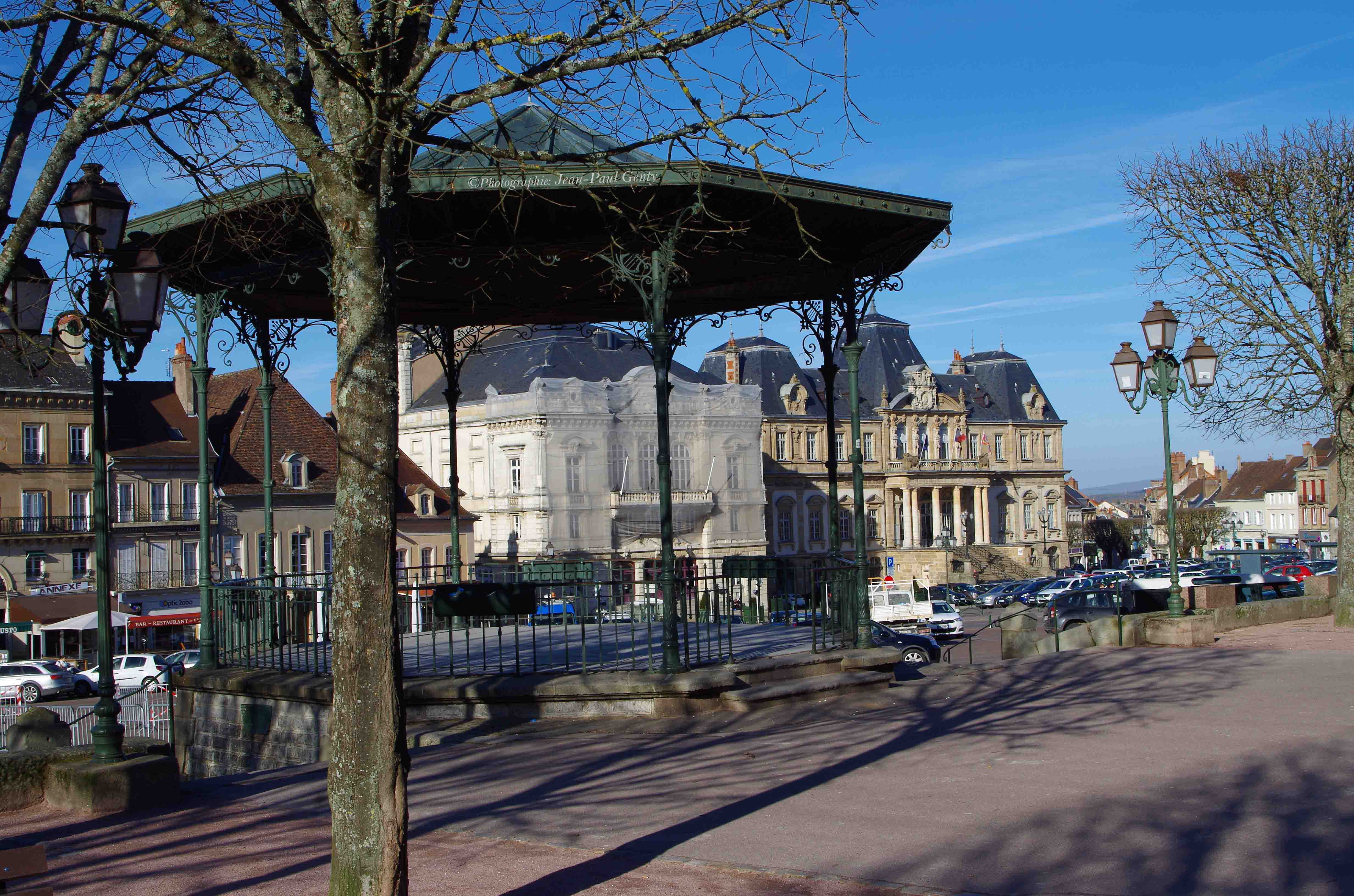Place du Champ de Mars - Autun
